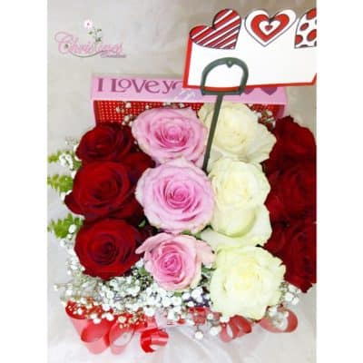 red-pink-white-flower-box