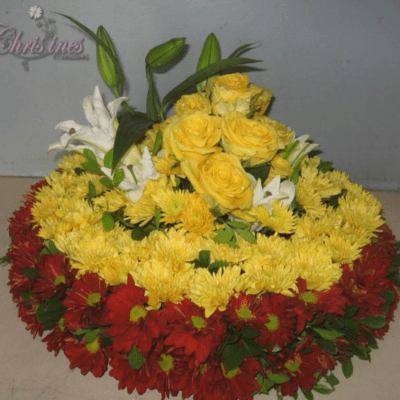 yellow red wreath